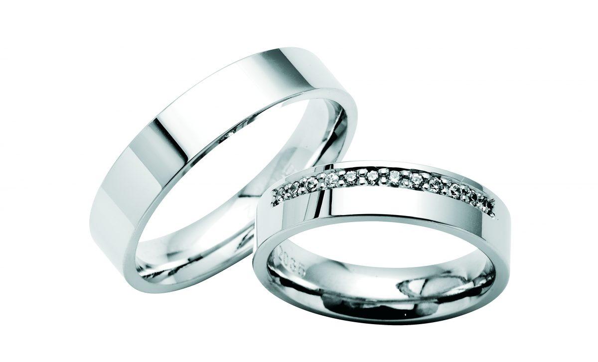 Nydelige giftering i hvitt gull med og uten diamanter fra Bjørklund